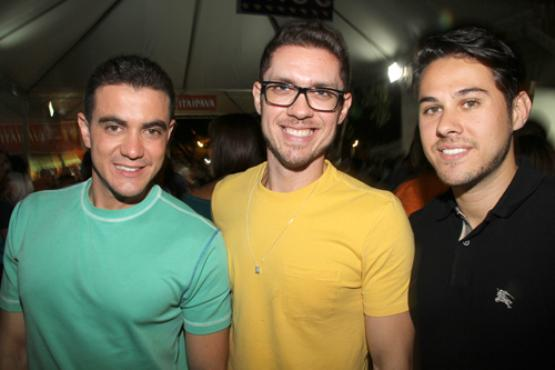 Tiago Correia, Marcelo Alvarenga e Henrique Fiorese