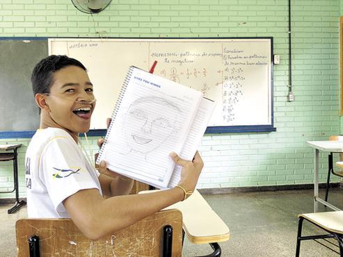O primeiro dia de aula, o autorretrato e a alegria de estar vivo e estudando (Iano Andrade/CB/D.A Press)