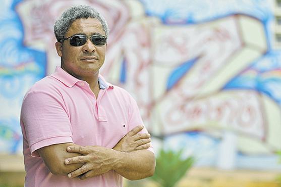As ruas não são amigáveis para pessoas com deficiência visual, como Paulo César: