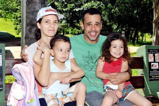 Guilherme gosta de passear com a mulher e os filhos no Olhos D%u2019Água e concorda com a restrição (Antonio Cunha/CB/D.A Press)