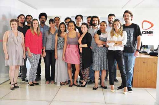 Integrantes da produtora Cinegroup, com sede no Park Way: empresa recebeu visita de empresários internacionais no ano passado (Paula Rafiza/Esp. CB/D.A Press)