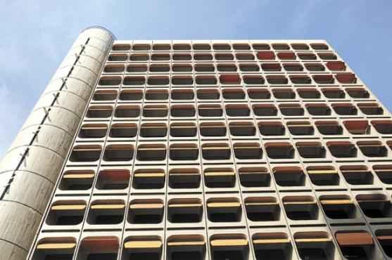Edifício Camargo Correia, no Setor Comercial Sul (Zuleika de Souza/CB/D.A Press - 5/5/14 )