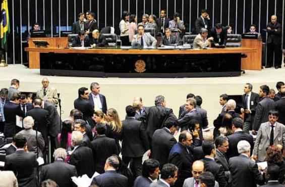 Na próxima semana, o plenário da Câmara votará os destaque ao PNE (Gustavo Lima/Agência Câmara )