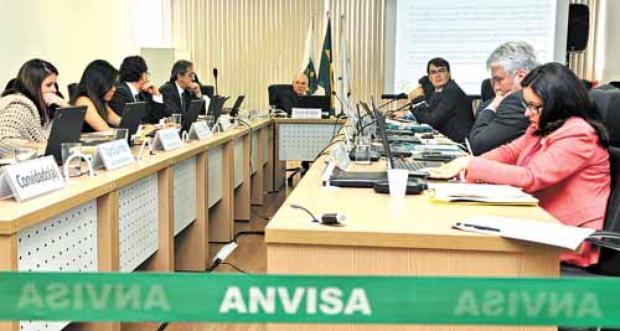 A diretoria da Anvisa n�o entrou em acordo sobre o tema e continuar� a discuss�o em julho (Antonio Cunha/CB/D.A Press)