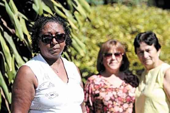 Luzimar, Maria de F�tima e Ant�nia: mais de 29 anos de servi�o e espera pelo tempo livre (Ana Rayssa/Esp. CB/D.A Press )
