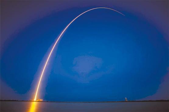 Lançamento de satélite para a transmissão de imagens: equipamentos que circulam a Terra garantem a transmissão de eventos como a Copa para todo o planeta  (SES/Divulgação)