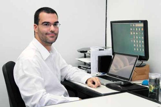 O analista de sistemas Renato Moraes apresenta empatia e facilidade de relacionamento, características que contribuem para melhorar o ambiente corporativo (Ana Rayssa/Esp.CB/D.A Press )