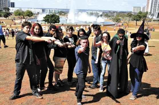 Grupo do Clube do Livro do DF se reúne em preparação para os eventos dos próximos sábado e domingo (Paula Rafiza/Esp. CB/D.A Press)