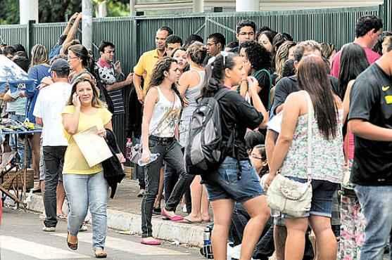 Movimentação de estudantes durante a Prova Brasil em novembro de 2013 (Iano Andrade/CB/D.A Press - 20/1/13)