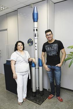 Daniela e Thalles trabalham em cargos comissionados na AEB e pretendem conquistar estabilidade por meio do concurso da autarquia (Oswaldo Reis/Esp. CB/D.A Press )