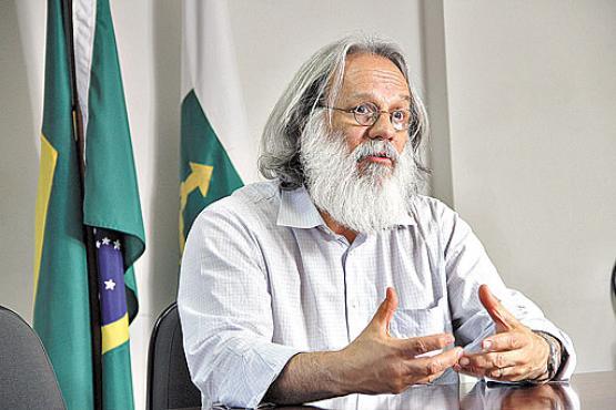 Ex-diretor da FAP, Paulo Salles teve dificuldade de reunir informações (Elio Rizzo/Esp.CB/D.A Press - 6/7/11)