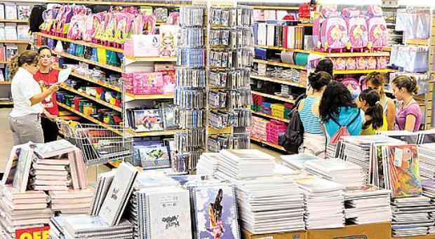 Sindicato da área diz que mais de 400 temporários serão empregados    (Edílson Rodrigues/CB/D.A Press - 27/1/11)