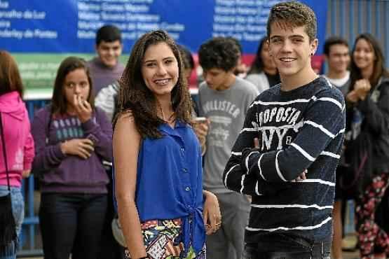 Luana e Marcos Vinícius acharam o exame difícil e cansativo  (Ed Alves/CB/D.A Press)