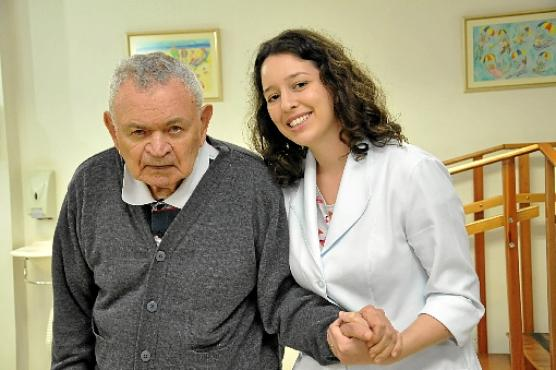 Fernanda com Francisco Soares: cuidado (Edy Amaro/Esp. CB/D.A Press)