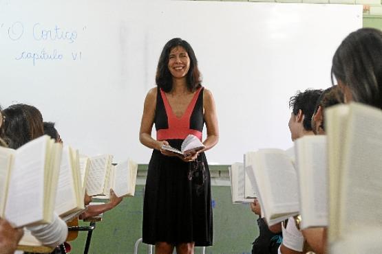 Nas aulas da professora Maria Antônia, a leitura serve de elo entre os conteúdos de gramática, redação e literatura (Rodrigo Nunes/Esp. CB/D.A Press - 1/9/15)