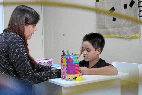 Angelo Antonio Matos é uma das crianças atendidas pelos piscólogos da  Abraci  pais destacam que e67b33f10a