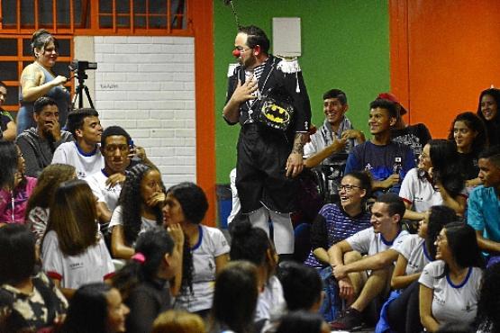 Willy Costa  se transforma no palhaço Balofo: a leveza para falar de um tema pesado, que é o bullying (Marcelo Ferreira/CB/D.A Press)