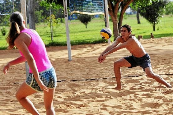 Julia Leite e Mateus Gomes  (Minervino Júnior/CB/DA.Press)