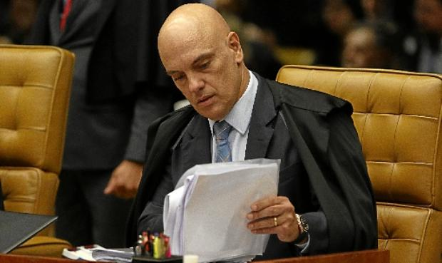Segundo a votar no julgamento, Moraes defende não haver necessidade de autorização judicial para compartilhamento de dados (Fabio Rodrigues Pozzebom/Agência Brasil)