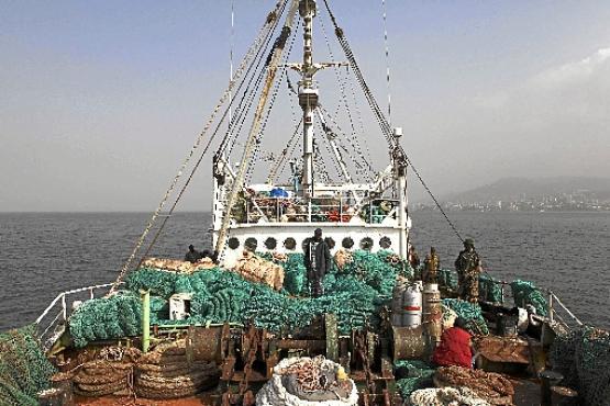 Em Serra Leoa, onde a pesca ilegal já é um problema, o aquecimento oceânico deve piorar o cenário, com o escasseamento de cardumes (Simon Akam/Reuters - 15/3/12 )