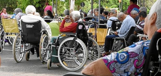 Segundo a Secretaria de Saúde, nove dos 10 primeiros óbitos por coronavírus no Distrito Federal foram de idosos: necessidade de atenção especial (Ed Alves/CB/D.A Press - 12/2/19)