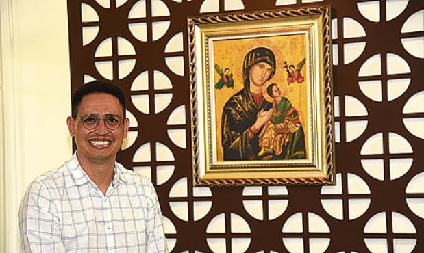 O vigário paroquial, padre Reinaldo Martins de Oliveira (Ed Alves/CB/D.A. Press)