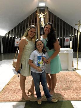 Giulia e família possuem carinho grande pela paróquia (Arquivo Pessoal)