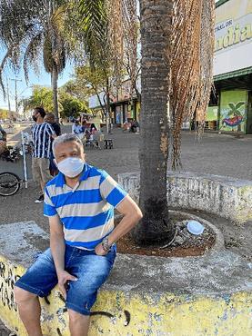 Dono de salão no Sudoeste, José Gomes se diz frustrado (Tainá Seixas/Esp. CB/D.A Press)