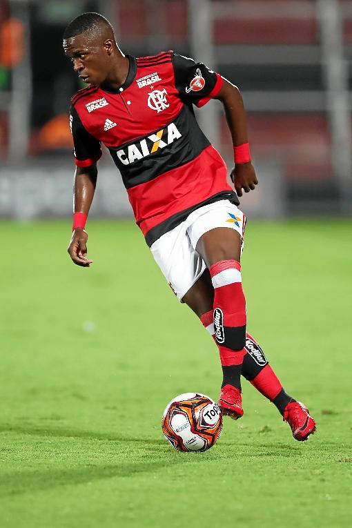 Atacante brilha na vitória contra a Cabofriense (1 x 0). Em São Januário, com portões fechados, Vasco vence Nova Iguaçú (4 x 2).   (Gilvan de Souza/Flamengo)