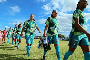 Representante de Brasília na elite do futebol feminino do país, Minas/Icesp busca parcerias para transformar o projeto social em time profissional.   (David Pena/Minas Icesp)
