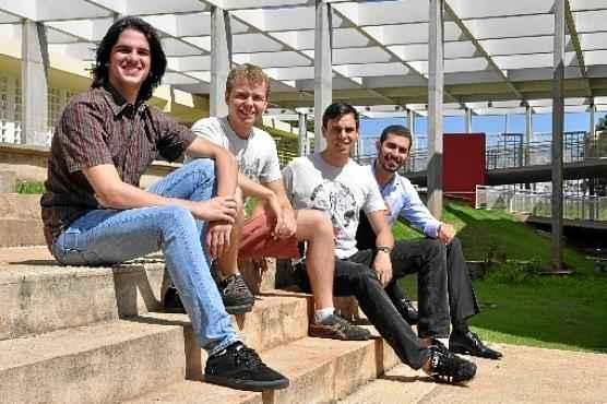 Iuri, Marcelo, Marcus e Gabriel da Zero Paper: trazendo o empreendedorismo para a universidade  (Paula Rafiza/Esp. CB/D.A Press )