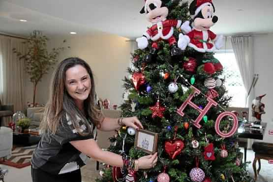 Há dois anos, Anete prepara ambientes para as festividades de fim de ano (Ana Rayssa/Esp. CB/D.A Press)