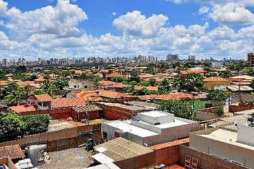 Cerca de 200 mil pessoas vivem na região que tem área de 1.331 hectares -  (foto: Breno Fortes/CB/D.A Press)