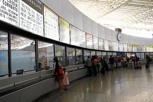 Administradora do terminal pede que as pessoas deem preferência à compra de passagens pela internet - (crédito: Ana Rayssa/Esp. CB/D.A Press)